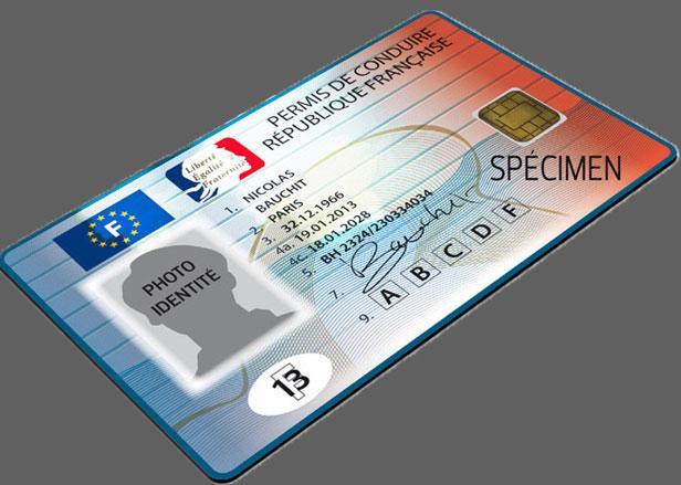 Depuis le 16 Septembre, un nouveau permis est mis en circulation. Ce dernier, de format carte de cr�...