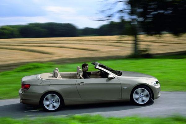 BMW 325i et 335i Cabriolet Comparables à celles à un V8