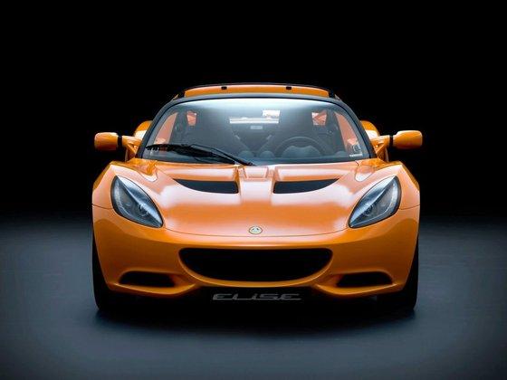 L'Elise était déjà une voiture à part dans le monde automobile, une icône presque. L'Elise représent...