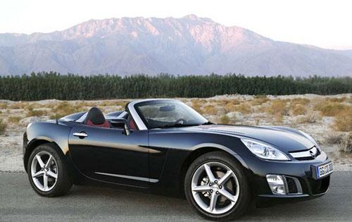 Véritable roadster: Opel GT De 0 à 100 km/h en seulement 5,7 secondes