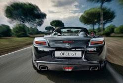 Opel GT 2.0T Pack Premium 264 cv Les regards admiratifs des passants