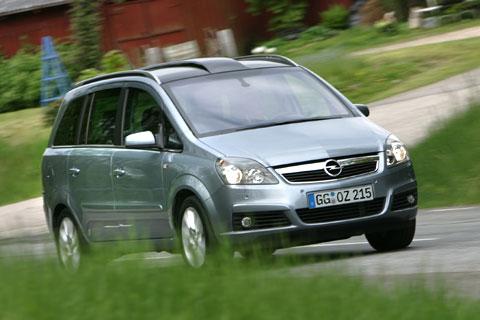 """Le """"Volant d'or"""" pour la Opel Zafira"""