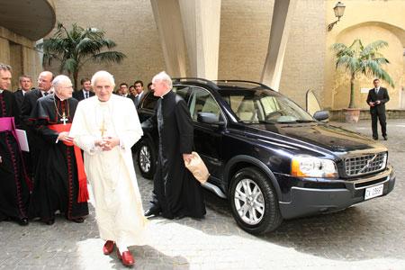 Une Volvo pour Benoît XVI