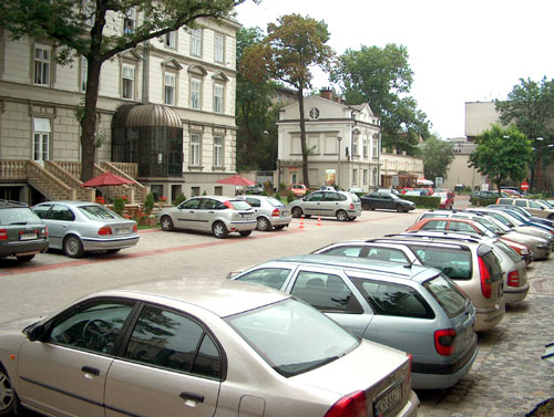 Le prix du parking en fonction du CO2 Il n'y a que la Smart Fortwo diesel qui soit en dessous de la valeur