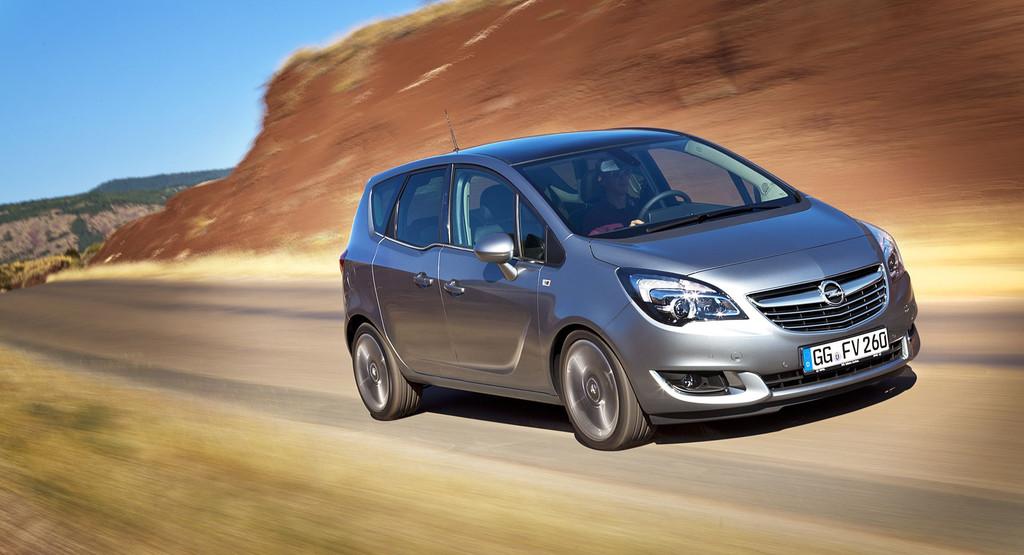 Sorti en 2010, la deuxième génération du monospace compact au blitz reçoit un nouveau diesel et prof...