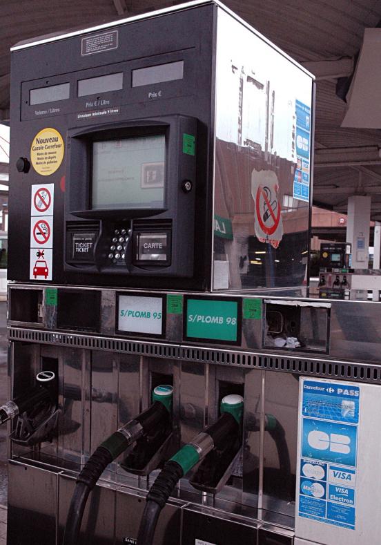 Peugeot Ecotips - Rouler écologique  Comment économiser du carburant selon Peugeot