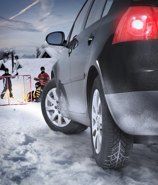 Depuis le 4 décembre 2010 le gouvernement allemand a rendu obligatoire les pneus hiver (le pneu hive...