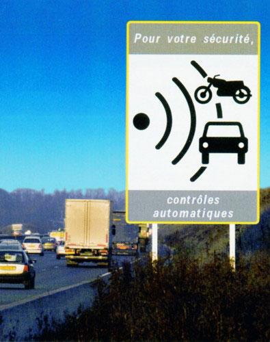 2000 radars automatiques supplémentaires Suppression panneaux radar...