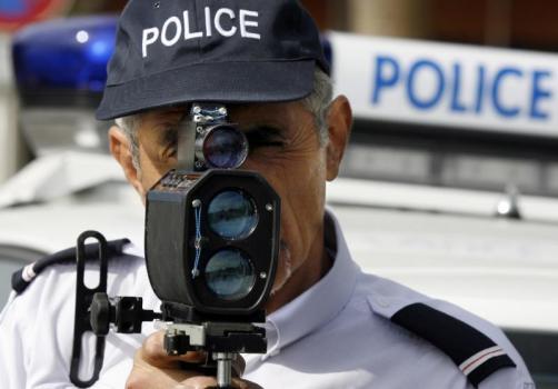 Pendant un mois, les enquêteurs d'Auto Plus ont espionné policiers, CRS et gendarmes lors de leur in...