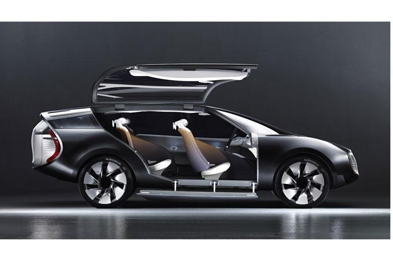 À l'occasion du Mondial de l'Automobile, Renault révèle son concept-car haut-de-gamme Ondelios. Dest...