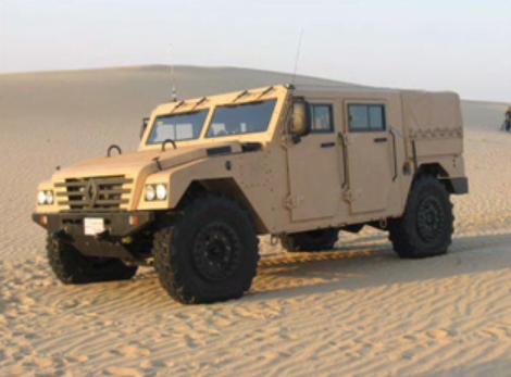 Voici le Renault Sherpa 2, l'équivalent de l'Hummer H1, un 4x4 militaire léger utilisé pour des manœ...
