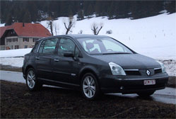 Renault Vel Satis 3.0 dCi Initiale BVA proactive - 177cv Venue trop tôt sur le marché