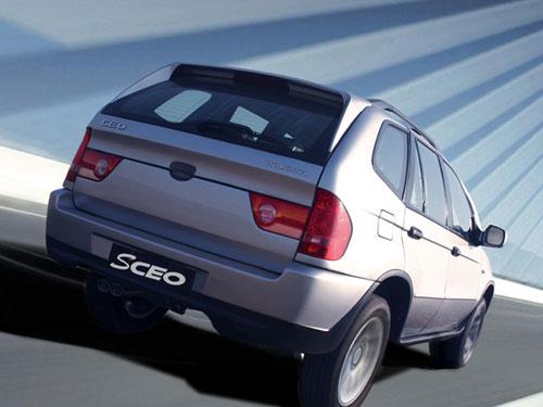 Shuanghuan Sceo : 4x4 chinois Clone chinois du X5 BMW et de la précédente Honda CR-V
