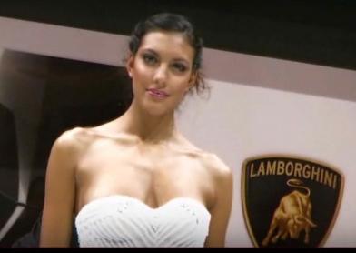 Voici une vidéo du stand Lamborghini au mondial auto de Paris 2008. Vous pouvez y voir tous les modè...
