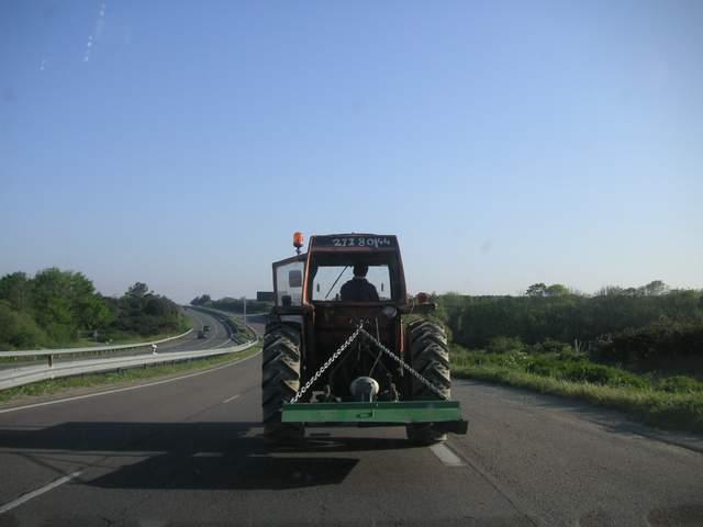Un automobiliste ivre conduit un tracteur avec 5.12 grammes d'alcool dans le sang