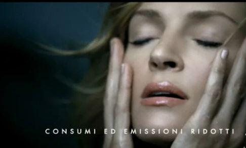Uma Thurman dans la vidéo d'Alfa Roméo (vidéos) Nouvelle Giulietta dynamique et sensuelle