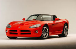 Commercialisée depuis deux ans aux Etats-Unis, la Dodge Viper SRT-10 est, depuis peu de temps, dispo...