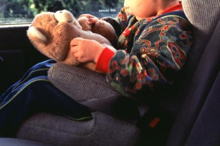 Un bébé de 3 mois oublié dans une voiture a trouvé la mort samedi dernier !