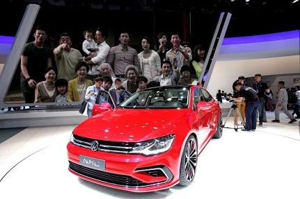 Volkswagen a d�fini le concept de base et le design de sa future voiture � bas prix. Malheureusement...