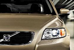 Volvo S40 1.6D Momentum Volvo cherche à séduire une clientèle plus jeune