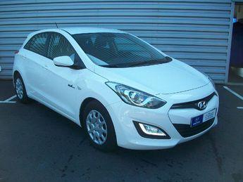 Voir détails -Hyundai I30 1.6 CRDI110 PACK Inventive Blue Drive 5p à Brest (29)