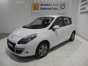 Voir détails -Renault Scenic III dCi 130 FAP Expression Euro 5 à Auray (56)