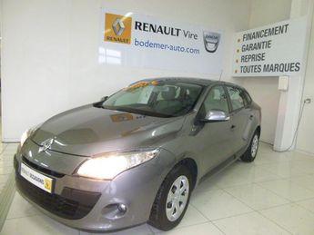 Voir détails -Renault Megane Estate III 1.5 dCi 85 eco2 Expression à Vire (14)