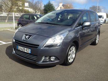 Voir détails -Peugeot 5008 5008 PREMIUM 1.6L HDI 110 CV 7 PLACES à Crozon (29)