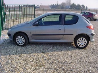 Voir détails -Peugeot 206 1.4 X-line à Asfeld (08)