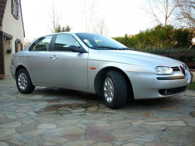 Alfa romeo 156 1.9 JTD PACK Gris de 2001
