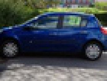 Voir détails -Renault Clio 1.2l 16v 75 expression à Harfleur (76)