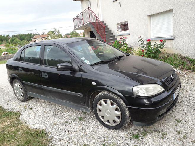 Opel Astra DTI pour pieces Gris de 2002