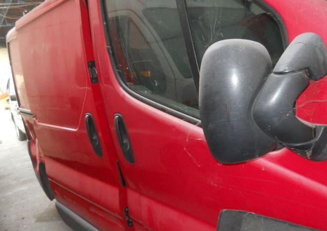 Opel Vivaro cdti pour pieces rouge de 2008
