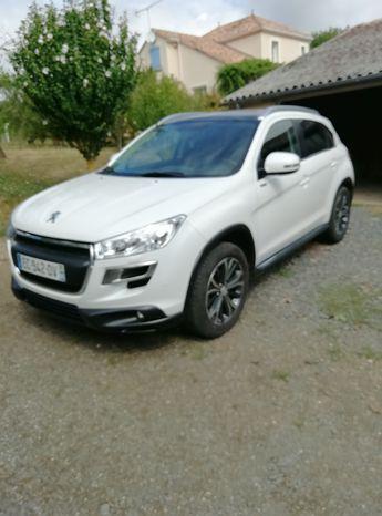 Voir détails -Peugeot 4008 4.4  à L'Abergement-Clémenciat (01)