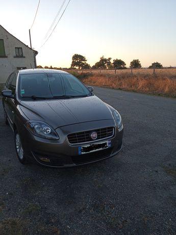 Voir détails -Fiat Croma 150 CH à Tauriac-de-Naucelle (12)