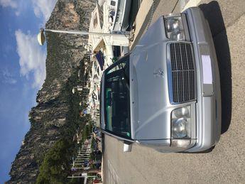 Mercedes Classe E BELLE BERLINE E 420 COLLECTION à Monaco (98)