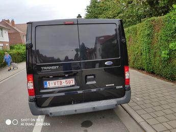 Voir détails -Ford Transit tres propre à Anderlecht (10)