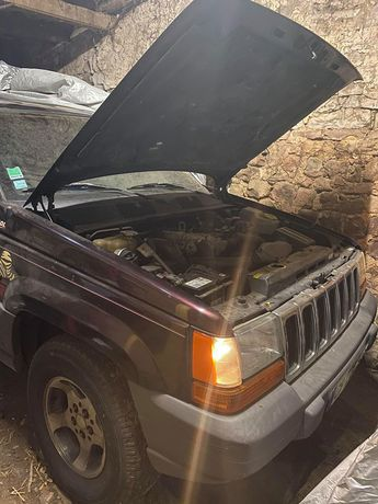 Voir détails -Jeep Grand Cherokee 2.5 TD Laredo à Épinal (88)