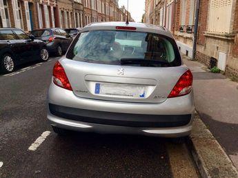 Voir détails -Peugeot 207+ Bon etat à Amiens (80)