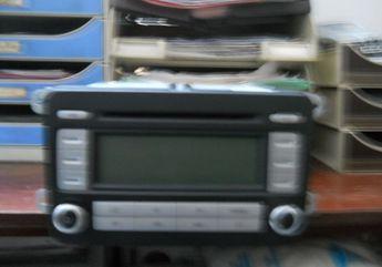 Voir détails -Volkswagen Touran lecteur cd usb mp3 à Argenteuil (95)