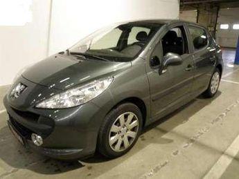 Voir détails -Peugeot 207 1.6 HDI Sporty à Capinghem (59)