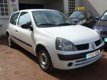 Voir détails -Renault Clio société 1.5 dCi à Capinghem (59)
