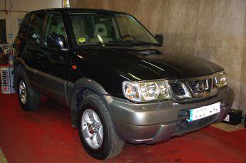 Voir détails -Nissan Terrano II 3.0L DI 3PORTES CUIR CLIM à Condé-Northen (57)
