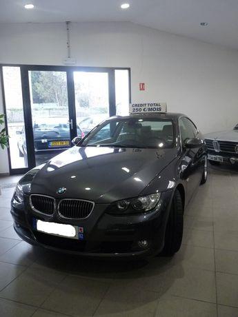 Voir détails -BMW Serie 3 3 coupé 325 i à Chelles (77)