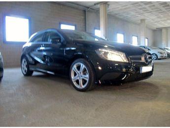 Voir détails -Mercedes Classe A A180CDI URBAN 7G DCT à Perpignan (66)