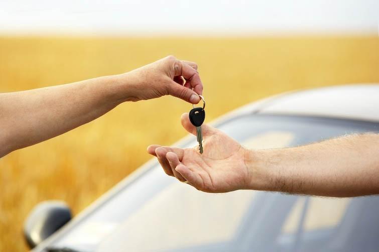 Essai du véhicule: les précautions à prendre pour le ...